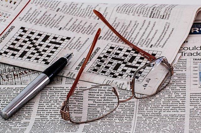 křížovky v novinách
