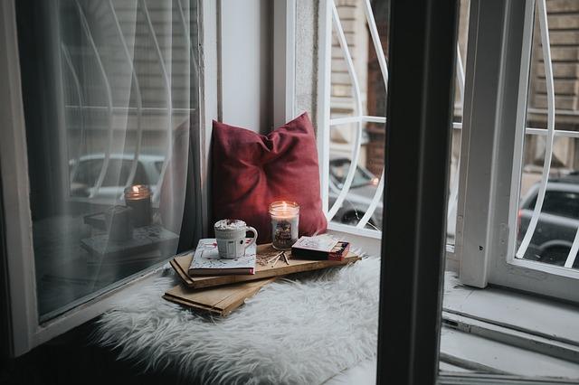 svíčka v okně