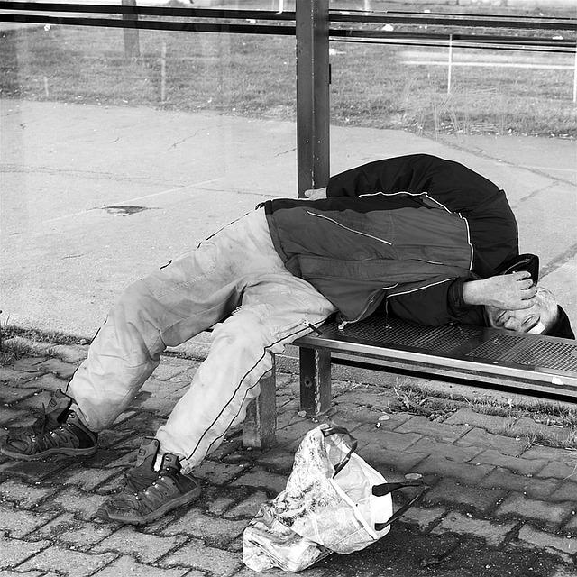 spící bezdomovec